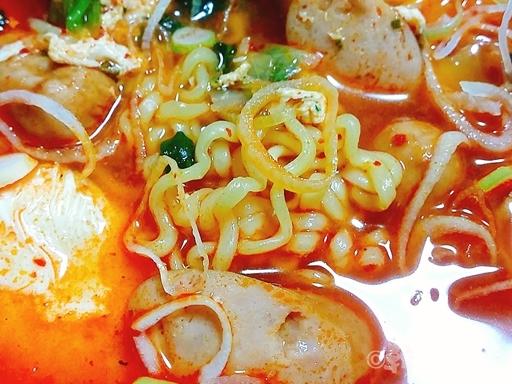 韓国 プデチゲ インスタント 麺