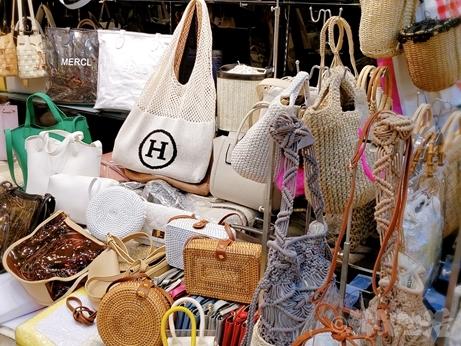 ソウル 買い物 東大門 バッグ 南平和市場 エルメス