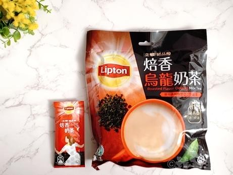 台湾土産 台湾スーパー Lipton リプトン 焙香烏龍奶茶 ウーロン茶のミルクティー