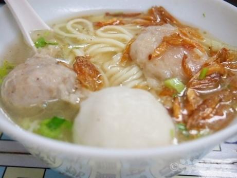 台湾グルメ 迪化街 佳興魚丸店 魚丸