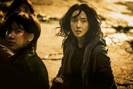 韓国映画 映画 新感染半島 ファイナル・ステージ カン・ドンウォン イ・ジョンヒョン