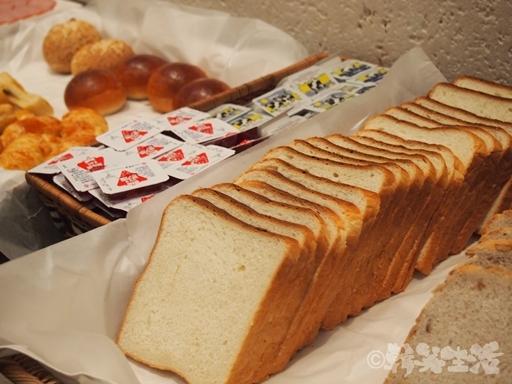 鐘路 ドロスホテル(ドゥロスホテル) 朝食