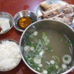 ソウル 朝食 タッコムタン 鶏の水炊き