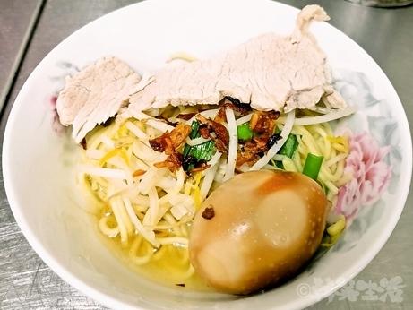 台湾グルメ 雙連 阿田麺 春陽麺 赤峰街
